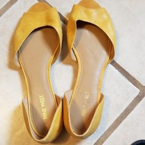 Nine west yellow leather sandals size 8.5m